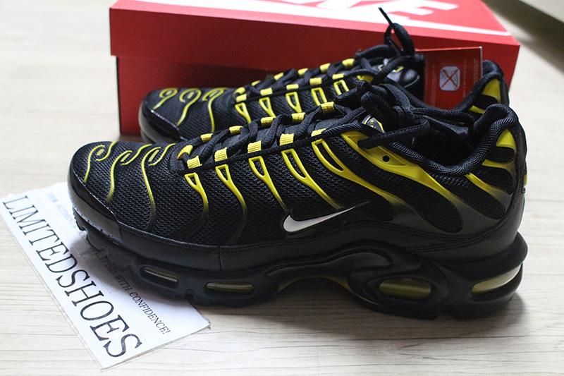 huge selection of 43fa2 aa845 NIKE AIR MAX PLUS BLACK VIVID SULFUR 852630-020 Mens Running Sneakers  eBay